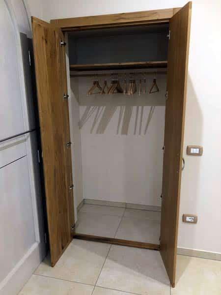 realizzazione-serramenti-in-legno-suzzara