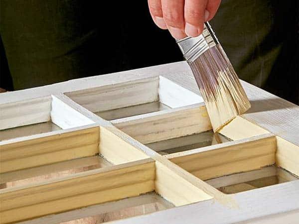 verniciatura-mobili-in-legno-guastalla
